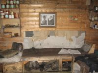 Daybed, Shackelton's hut. Image - Kerry Barton