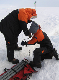 drilling_an_icecrack_200
